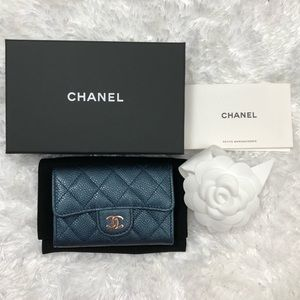 NEW SS18 CHANEL METALLIC NAVY SMALL SNAP WALLET
